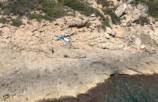 Rescaten una 'paddlesurfista' i al seu gos a la deriva
