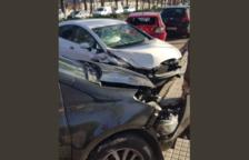 Accidente de tráfico entre varios vehículos en Sant Pere i Sant Pau