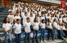 Un miler d'infants homenatgen a la ballarina Roseta Mauri amb una cantata