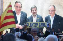 Los candidatos de JxCat Josep Rull, Jordi Sànchez y Jordi Turull, en videoconferencia desde la prisión de Soto del Real.