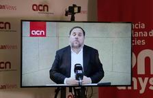 Imagen de la conexión con el candidato a las europeas, Oriol Junqueras, en rueda de prensa desde la ACN.