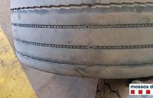 Imagen de una de las ruedas desgastadas que provocaron la denuncia.