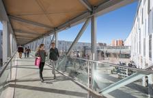 En recerca es troba en segon lloc compartint posició amb la Universitat Politècnica de Catalunya.