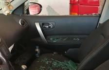 Vila-seca es desperta amb diversos cotxes amb els vidres trencats