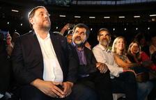 Lledoners acuerda un permiso de 48 horas para Sànchez y Cuixart que tendrá que ratificar el Gobierno
