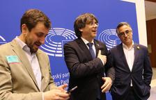 El Suprem aixeca la suspensió com a diputats del Parlament a Puigdemont i Comín