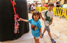 La Mulassa de Reus recull els xumets dels nens i nenes que ja s'han fet grans