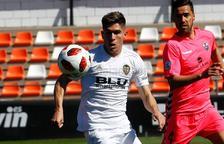 Lolo Plá, durante un partido disputado con el Valencia Mestalla esta temporada.