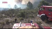 Nit estratègica en l'incendi de la Ribera d'Ebre amb 80 dotacions atacant el foc per minimitzar la propagació