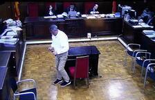 Ramon Franch diu que Gallart li va demanar el nom d'un comprador fictici i nega haver-la estafat