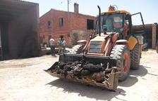 «Vam sortir per cames», relata un treballador de granja afectada per l'incendi de la Torre de l'Espanyol