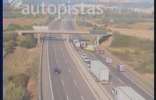Dos ferits lleus després de bolcar una autocaravana a l'AP-7 a Constantí