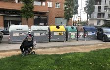 Una lectora denuncia contenidors inaccessibles a Tarragona