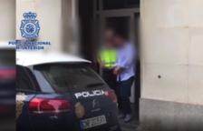 El hombre se escondía en el municipio del Empordà y fue detenido por la Policía Nacional.