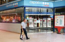 Caprabo refuerza la plantilla con 700 personas para hacer frente al incremento de demanda por el coronavirus
