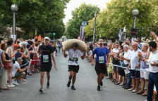 La carrera de sacos de avellanas de Riudoms se llena de participantes
