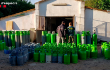 Detenen cinc persones i intervenen més de cent bombones de gas freó que havien robat