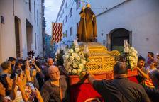 Sant Magí cierra las fiestas con la Professó del Seguici por la Part Alta