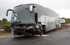 El turismo implicado en el choque mortal con un autobús en Amposta circulaba en contra dirección