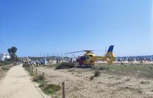 Evacuada una dona de 68 anys a punt d'ofegar-se a la platja d'Altafulla