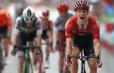 El alemán Arndt corta el sueño de Aranburu y Edet es nuevo maillot rojo