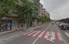 El accidente se ha producido a la altura del número 7 de la avenida Mossèn Jaume Soler.