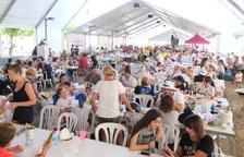 Más de 1.500 personas participan en la 28ª Paella Popular de La Pobla