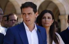 Rivera pide a Sánchez que active el mecanismo previo del 155 por las manifestaciones de Torra