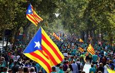 Manifestantes de toda Cataluña llegan al centro de Barcelona