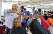 Uns 80 professionals de perruqueria ompliran el passeig de Cambrils per una bona causa