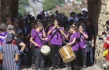 Toques de campana, músicos en la calle y el seguici popular en la víspera de Santa Tecla