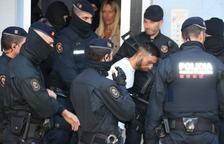 Quatre detinguts en l'operatiu dels Mossos al Camp contra una banda que robava a domicilis