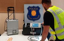 Detingut un vila-secà per vendre per Internet una màquina de radioteràpia robada