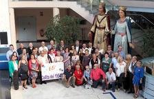 Recepció a l'Ajuntament de més d'una trentena de cambrilencs que celebren el seu 65è aniversari