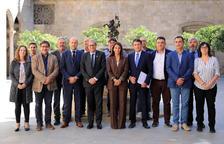 Torra es reuneix amb els alcaldes de la Terra Alta per abordar el despoblament de la comarca