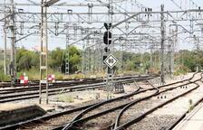Una avaria a Sant Vicenç de Calders obliga als combois a circular només per una via