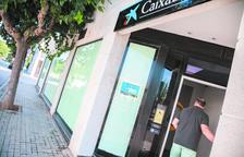 CaixaBank tanca l'oficina de la Móra i amplia la  d'Altafulla