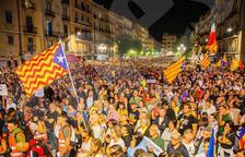 ANC i Òmnium convoquen concentracions a les 19h davant les delegacions del govern espanyol
