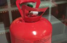 Els mossos intervenen una bombona de gas heli manipulada a Barcelona
