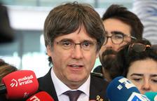 L'expresident Carles Puigdemont durant la seva atenció als mitjans a la sortida de la fiscalia de Brussel·les, el 18 d'octubre.