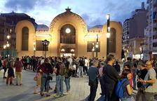 Unes 200 persones a Corsini participen en una «empaperada popular»