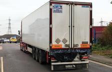 Imagen del camión donde se localizaron los 39 cadáveres.