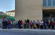 Colas en los juzgados de Valls por la campaña de autoinculpaciones impulsada por Òmnium Cultural