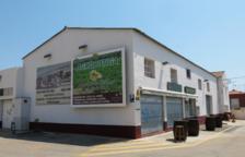 L'edifici de la Cooperativa de Calafell es troba al passeig de la Unió.