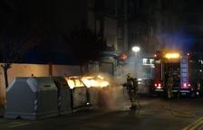 Cremen quatre contenidors durant la matinada a Vila-seca