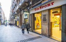 La botiga Tir Sport, al carrer Comte de Rius, tanca per jubilació