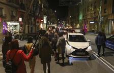 Una trentena de dones marxen a Tarragona en contra de la violència masclista