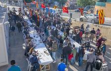 Centenares de personas participan en la 'Festa de l'Oli Nou' de Constantí