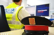 Tres detinguts al Vendrell per estafar prop de 18.000 euros fent-se passar per banquers