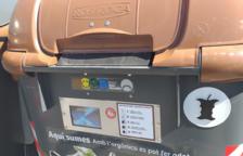 Els contenidors s'obren amb una targeta magnètica.